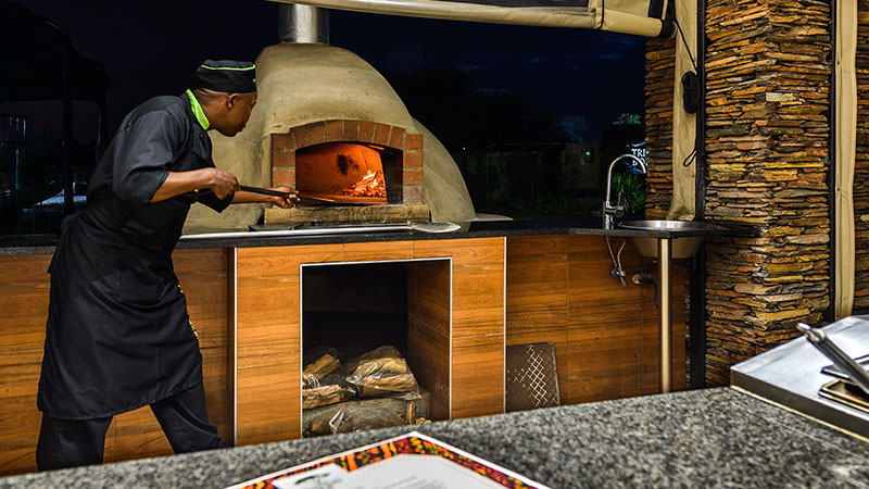 The on-site café, Acacia Terrace Pizza Oven